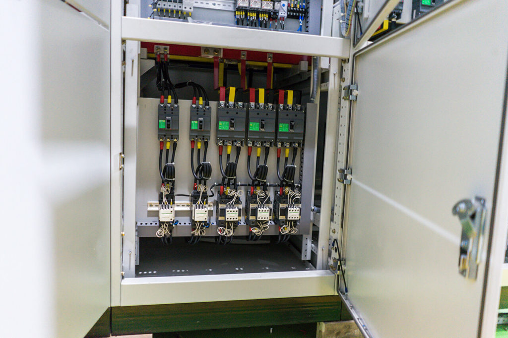 bank-capacitor-panel-4
