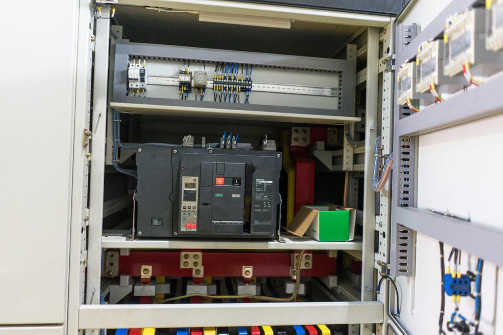bank-capacitor-panel-6